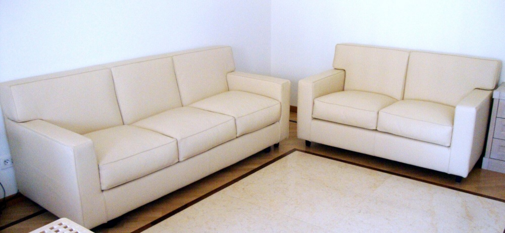 <p>frank sofa 3 seats laura 3</p>