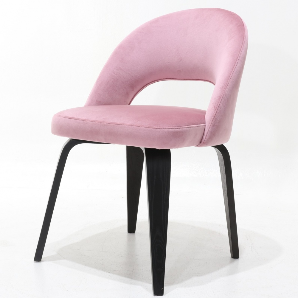 ESSE chair - dining chair with wooden legs and leather upholstery