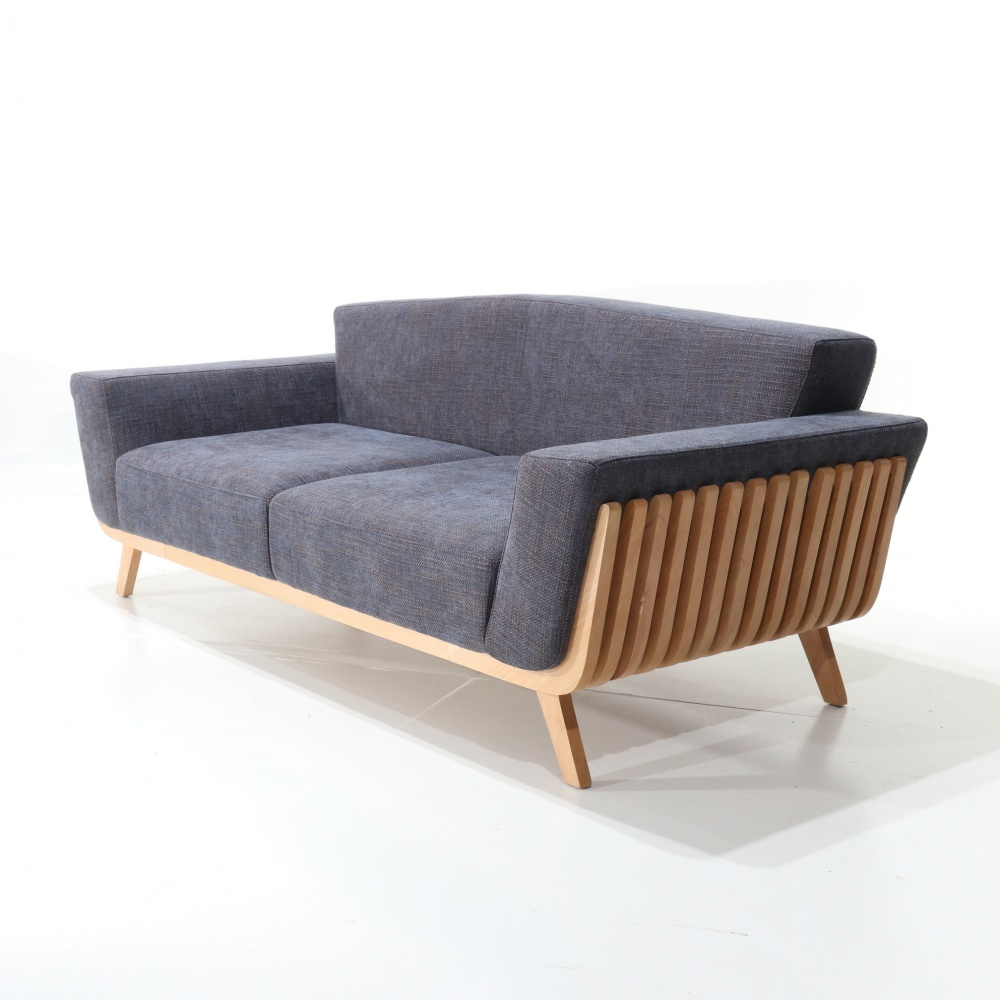 DANTE SOFA - sofa with exposed wooden structure and fabric covering