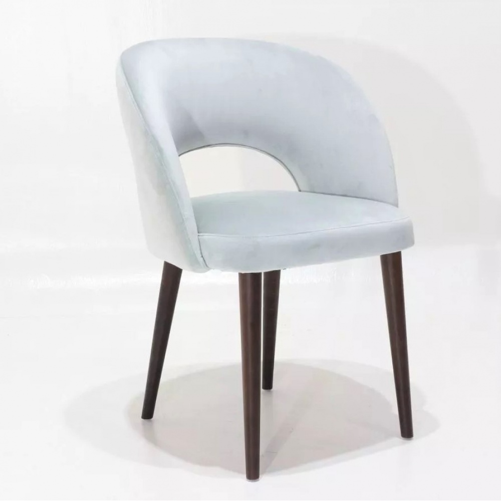ESSE chair - dining chair with wooden legs and wraparound back