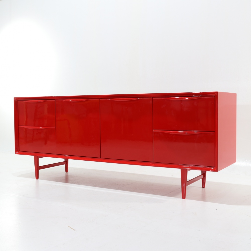 MALAGA SIDEBOARD LACQUERED