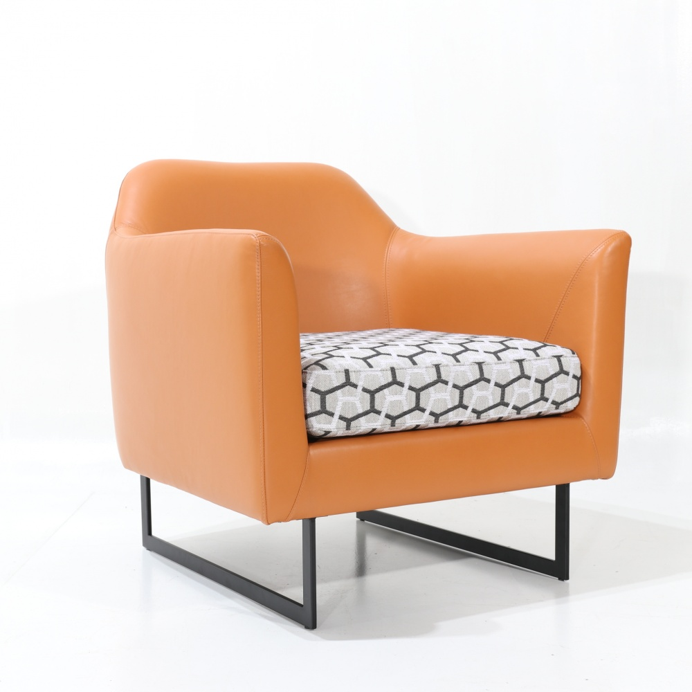 BRAGA ARMCHAIR - classic upholstered metal chair with sled base
