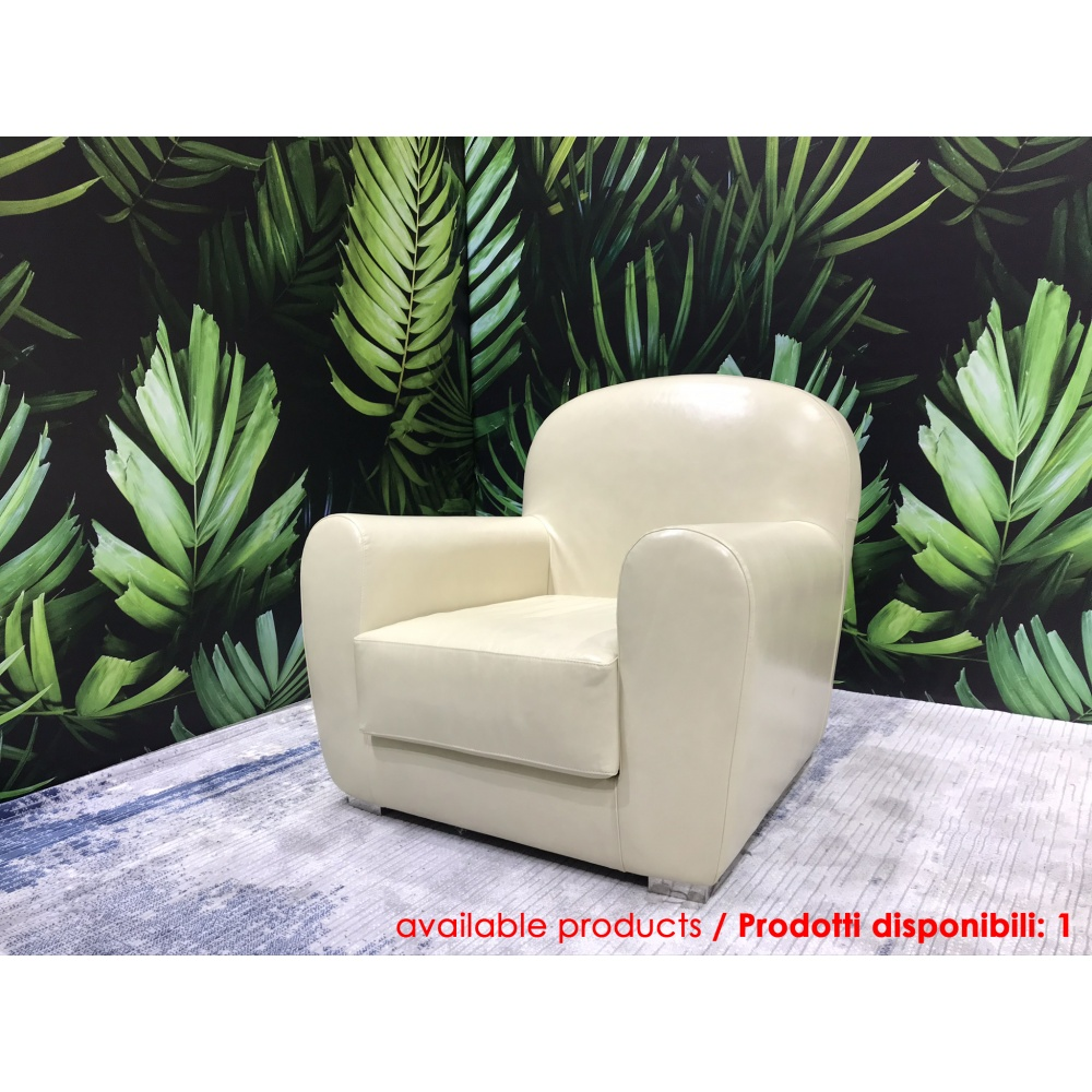 Armchair Luxory in classic style with white leather upholstery